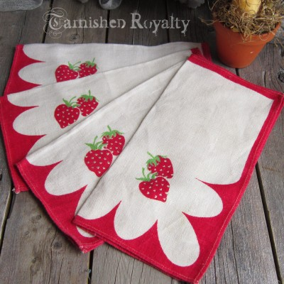 strawberry_napkins