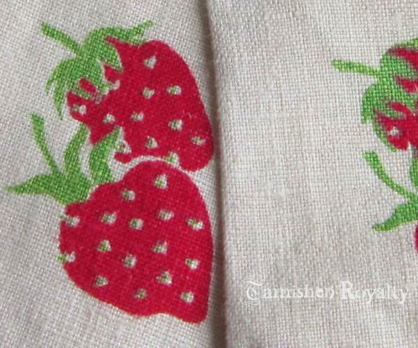 strawberry_napkins_2