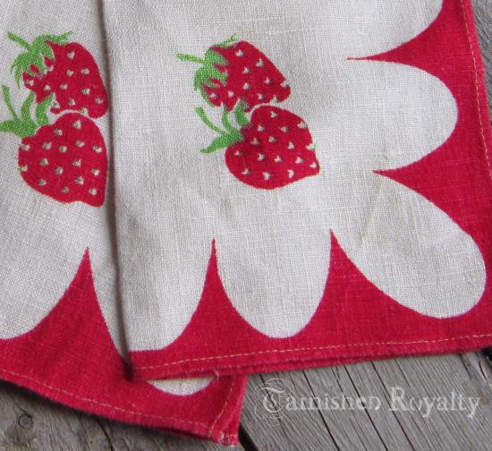 strawberry_napkins_3