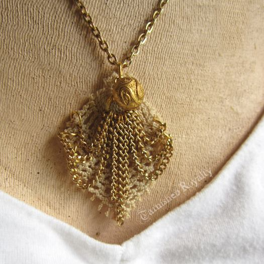 crochet_lace_chain_swag_2