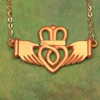 Claddagh-Necklace-197x197