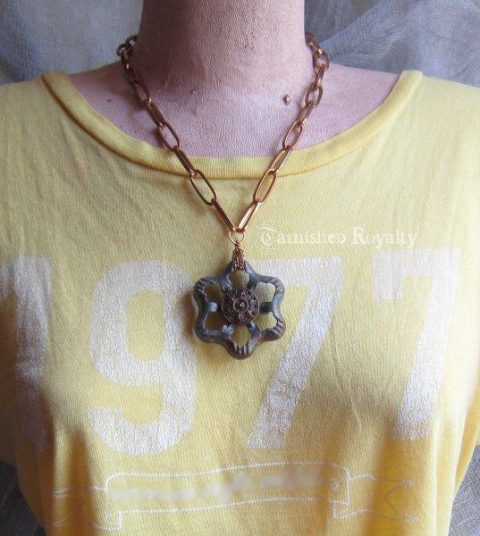 faucet_necklace_1