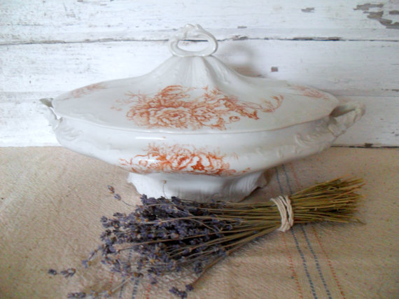 must_love_junk_tureen