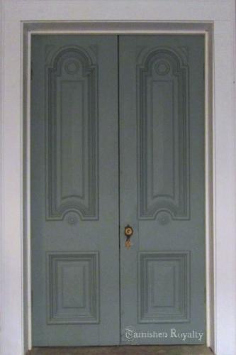 wine_cellar_after_doors_b
