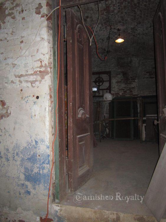 wine_cellar_before_4