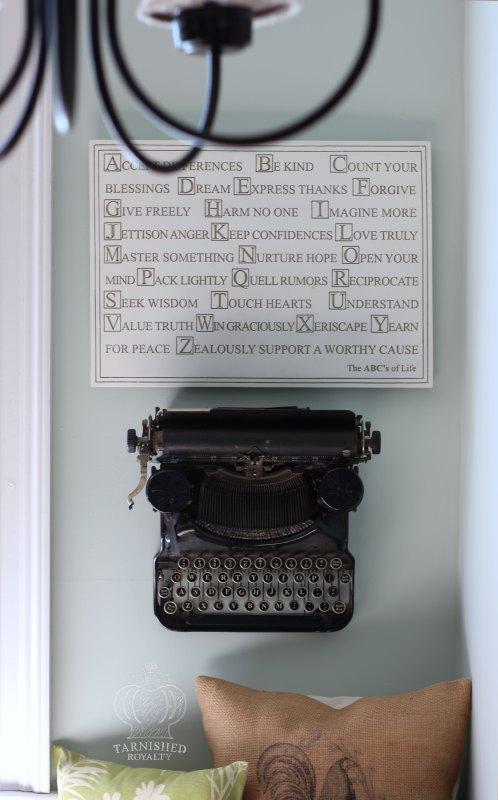 breakfast_nook_after_typewriter